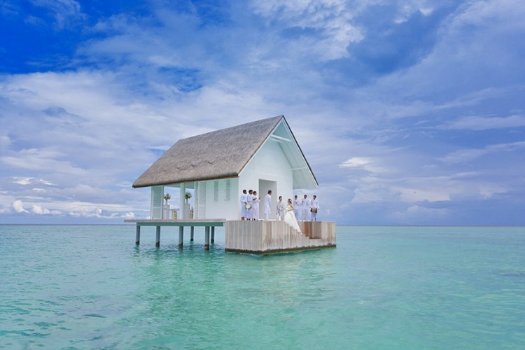 wedding-pavilion-water-landaa-giraavaru-maldives-9